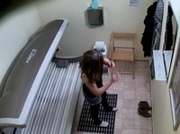 Tanning salon entures fora young babe