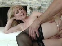 Blonde milf does blow best!