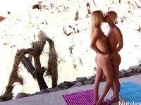 Blonde chicks are enjoying oral love