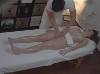 Aroused massage specialist has a surprise for his relaxed client
