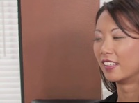 Asian lesbian Kim Lee finds love