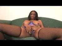 African babe has a very big mouth