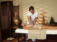 Masseur's work has several significant perks