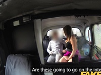 Fake taxi driver cums a river