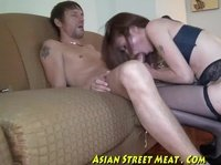 Asian hooker gets straight to the business