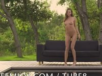 Young babes get all nude in the park
