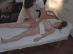 Professional Massage Leaves No Chick Indifferent