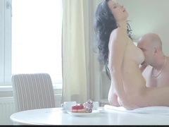 Mature lady takes her lover for breakfast instead of a cake