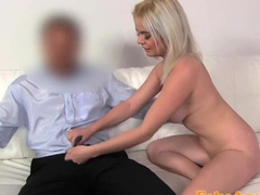 Blonde is eager to show herself to the casting manager